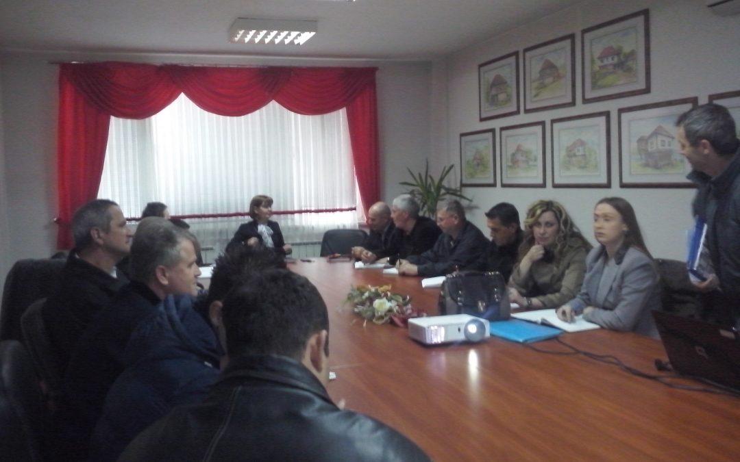 Na inicijativu direktorice JU Centar za socijalni rad održan sastanak sa predsjednicima MZ-a u Velikoj Kladuši